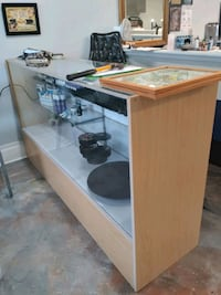 display case  New Orleans, 70118