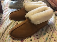 pair of brown suede boots Brampton, L6S 5T2