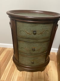 Chest/ side table / console