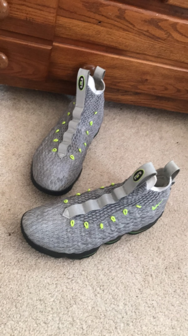 size 40 9a3c3 58360 Nike Lebron 15 Air Max 95 Cool Grey and Neon green size 10
