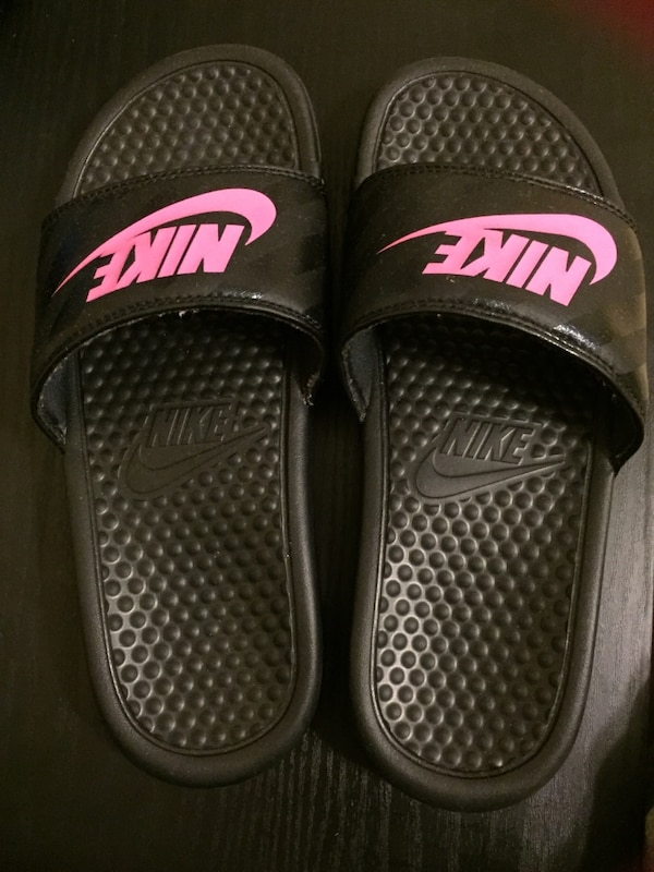 aeafe9aa118ca Used Pink black nike slides size 7 for sale in Charlotte - letgo