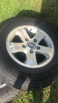 Kia - suv - 2018 size 17 there is 5 Louisville