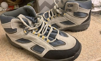 Hiking boots new