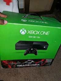 Xbox one with games  Staten Island, 10302