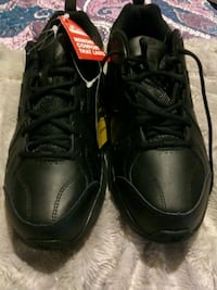 New Balance Sneakers Leominster, 01453
