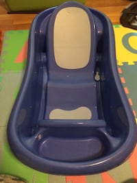 The first years baby tub Gaithersburg, 20877