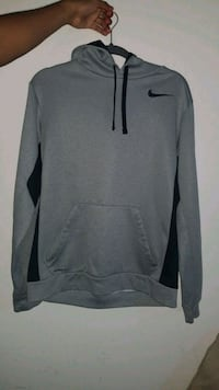 Nike Therma-fit hoodie size M  Manassas, 20110
