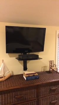 """32"""" Samsung TV, mounting bracket, media stand West Caldwell, 07006"""