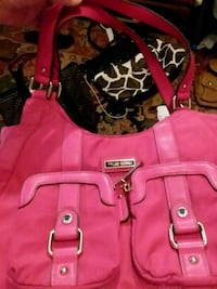 Never used Tyler Rodan purse hot pink  Lincoln, 68521