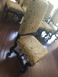 Wood dining table 6 upholstered dining chairs Lake Worth, 33463