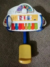 Sit and play piano Denver, 80237