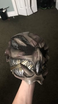 Airsoft/paintball alien mask (selling cheap cheap) Chesterfield, 46017
