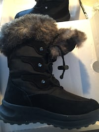 Girls black winter Cougar boots - size 1 Vaughan, L4H 2G3