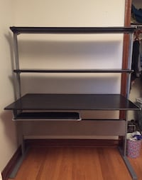 Great sturdy desk- ONLY $40 TORONTO