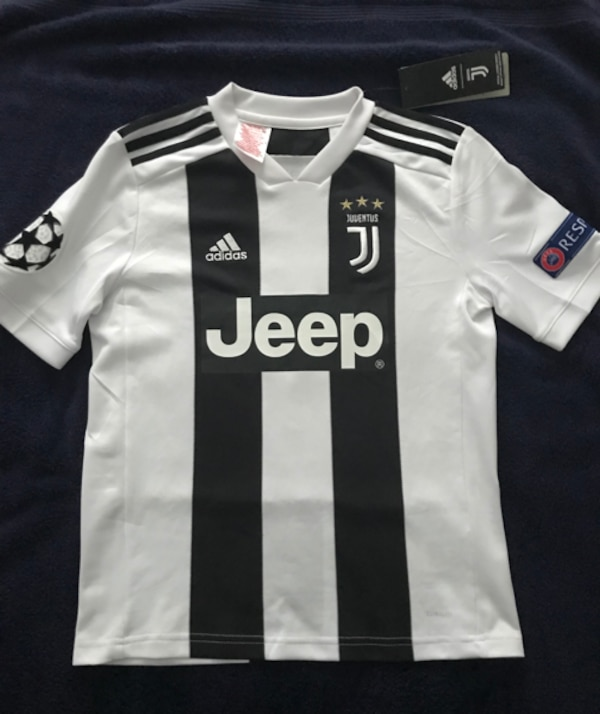 buy popular 9a35f 3462e Official Juventus Home Jersey 2018/19 Kids