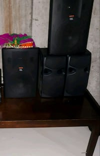 Speakers (2 sets) Ajax, L1T 4P8