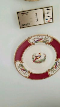 round white and red floral ceramic plate Montreal, H3R 3L4