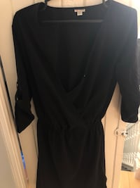 Guess black wrap dress (xs) 725 km