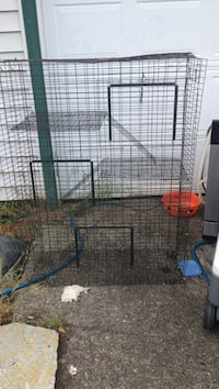 4 story rodent cage Portland, 97233