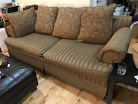 Large Couch great condition  Washington, 20003