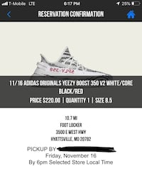 white and black Adidas Yeezy Boost 350 V2 36 km