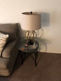2 End tables and lamps Philadelphia