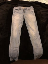 American eagle super stretch jeggings size 4-long  Vancouver, V6T 0A5