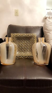 Golden Vases and Golden Tray Toronto, M2M 1C9