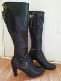 New Directions black boots size 7