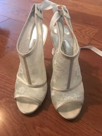 Wedding shoes size 7 Mississauga, L4W 2E2