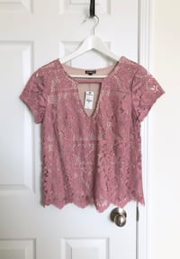 Express Women's lace top size small- Brand New with tags Mississauga, L5M 0C5