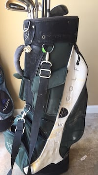right haned  gulf clubs with nike bag. Warner Robins, 31005