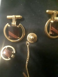 Gold cuffs with tiger eye stone Calgary, T2P 0B4