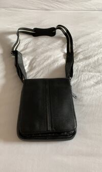 New leather shoulder bag Gatineau, J8T 5G2