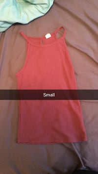 pink sleeveless tank top