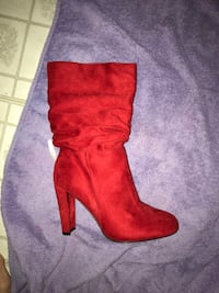 Red boots Dos Palos, 93620