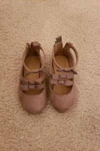Old navy shoes size 5 Alexandria, 22312