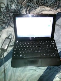 black laptop computer with charger Boyce, 71409