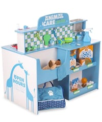 Melissa and Doug Animal Care Veterinarian & Groomer Wooden Activity Centre $175 Mississauga, L5L