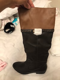 Brand new fall/spring boots