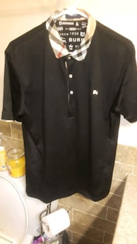 Burberry polo size L from nord Maple Ridge, V2X 5S1