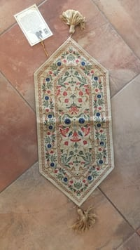 West minister abbey Jacobean table runner tapestry. Paid $65. Brand new. Still has tag on it   Corrales, 87048