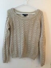 Marciano cable knit sweater Vancouver, V5T 0E7