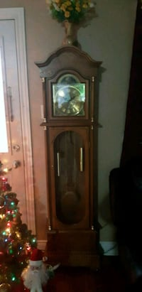 Grandfather clock Woodstock, N4S 7H7
