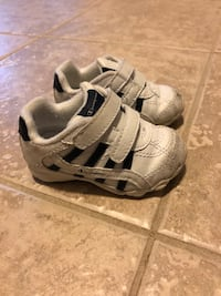 Toddler boy shoes  Newmarket, L3X 3L1
