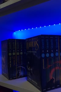 Warriors complete first and second book series. Toronto, M1L 0E4