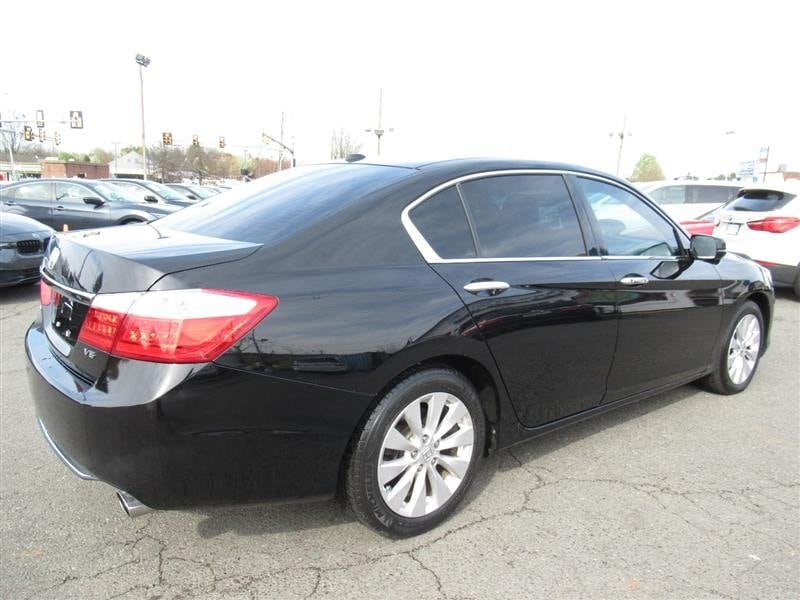 Honda Accord Sedan 2015 584204df-d780-4e11-b266-e593c4e4732c