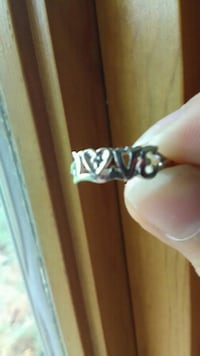 10K LOVE RING WITH DIAMOND Kingsport, 37663