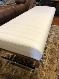 New white leather bench see pictures asking 199 contact  [PHONE NUMBER HIDDEN]  thx you Toronto, M9V 4T4