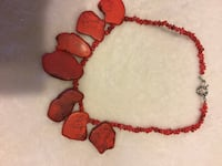 Coral beaded necklace Knoxville, 37938